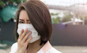 gadis jepang pakai masker